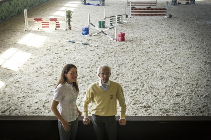 Gaia Vincenzi e Vittorio Orlandi nal maneggio coperto del centro ippico Castellazzo
