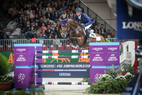Longines FEI World Cup™ Jumping Verona Daniel Deusser and Calisto Blue (GER) Photo FEI/ Massimo Argenziano